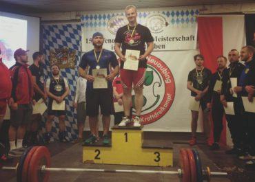 übrigens - auch im Gewichtheben gehören unsere Athleten zu den Siegern