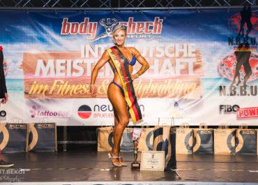 Ella Rauschmeier, Deutsche Meisterin Bikini 2017